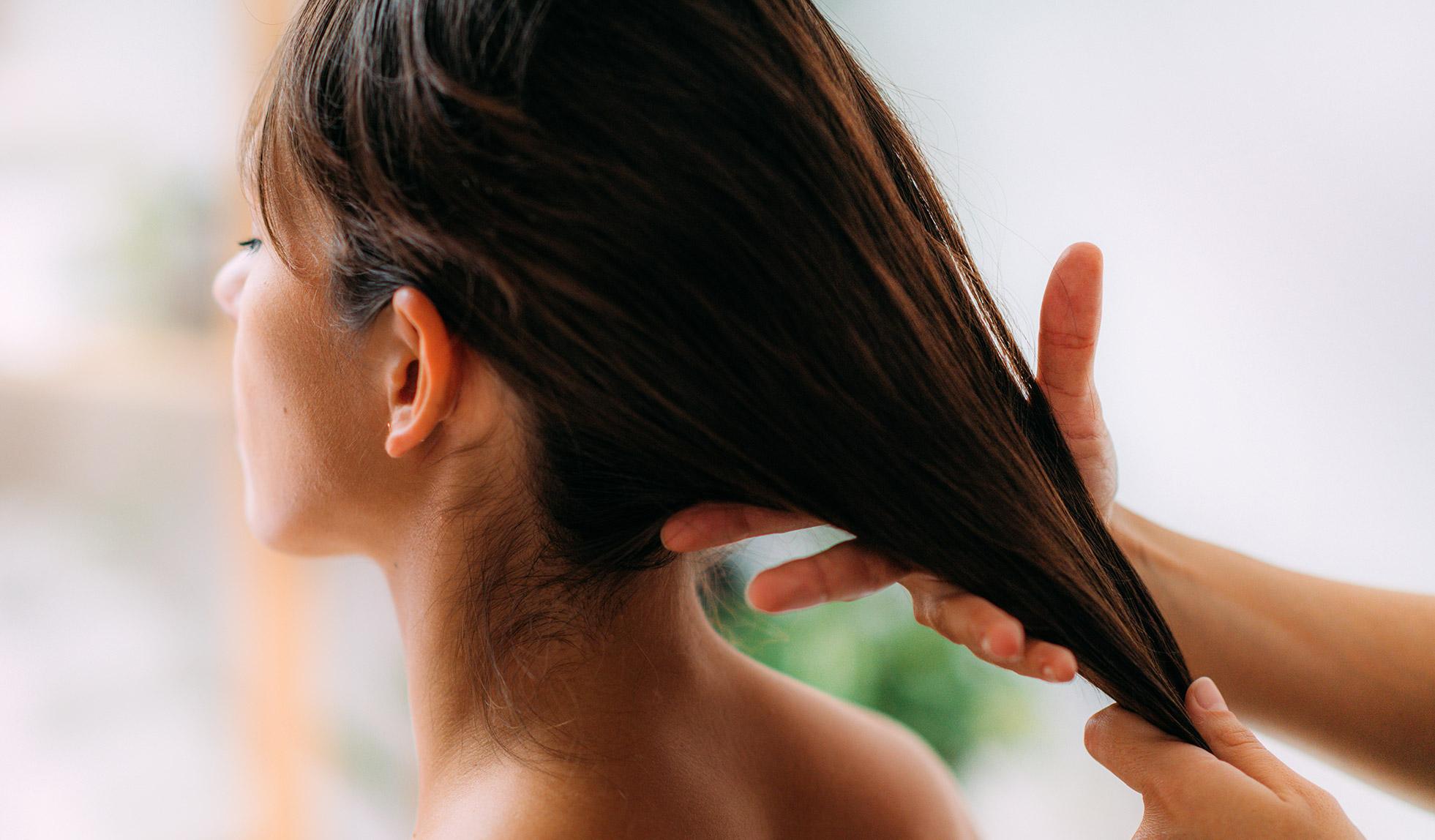 Caduta dei capelli della donna: come contrastarla